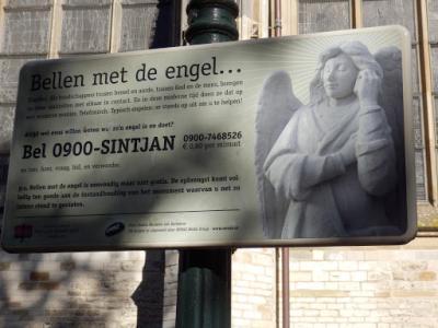 PA020518-Telefoneren met de engel